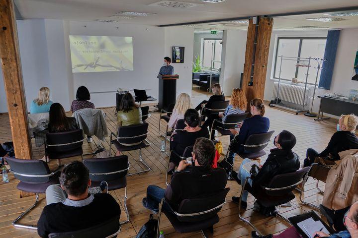 Vzdelávanie pedagógov v Múzeum holokaustu v Seredi pokračuje.