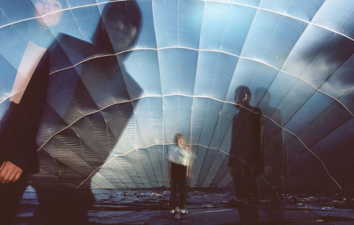 Nezmeškajte príležitosť a vstúpte do nadrozmerného teplovzdušného balónu, ktorý na jednu noc vyplní priestory tržnice dynamickou…