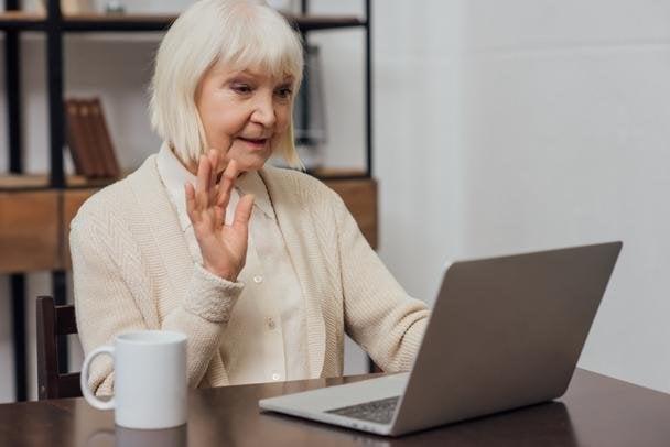 📍🧡Otvorené dvere do našich krúžkov a aktivít v DK Lúky majú aj seniori. S pribúdajúcim vekom sa môže stať, že neudržíme krok s r…