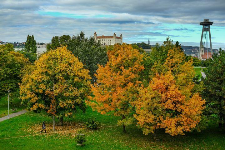Bratislava – hlavné mesto SR's cover photo
